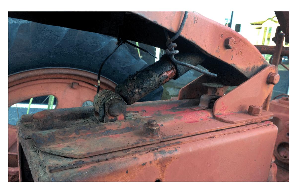 Farmall Super C tractor transmission