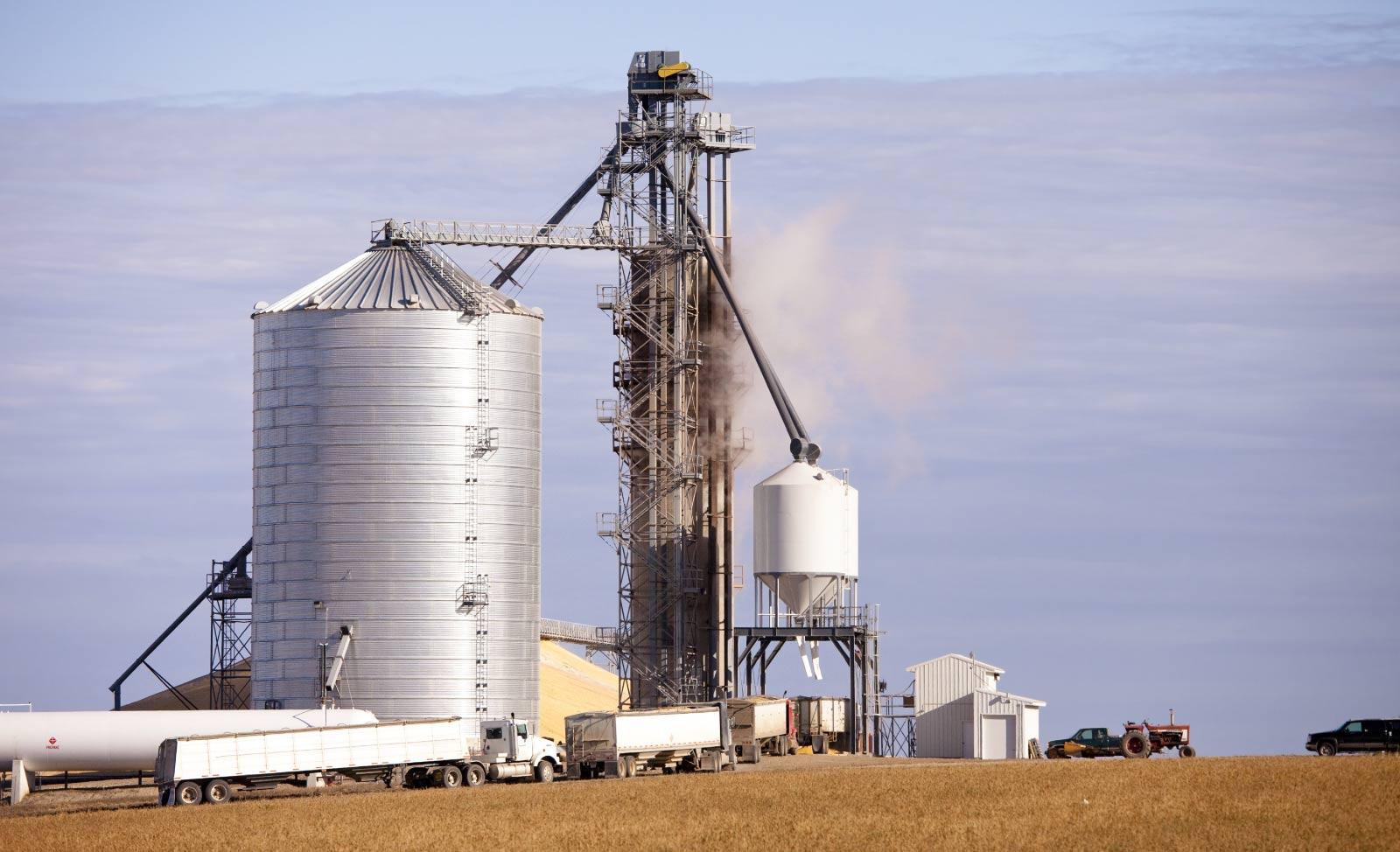 grain-elevator-emergence-1600x974