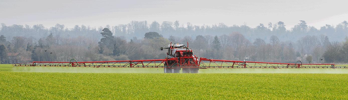 spraying chem field ag